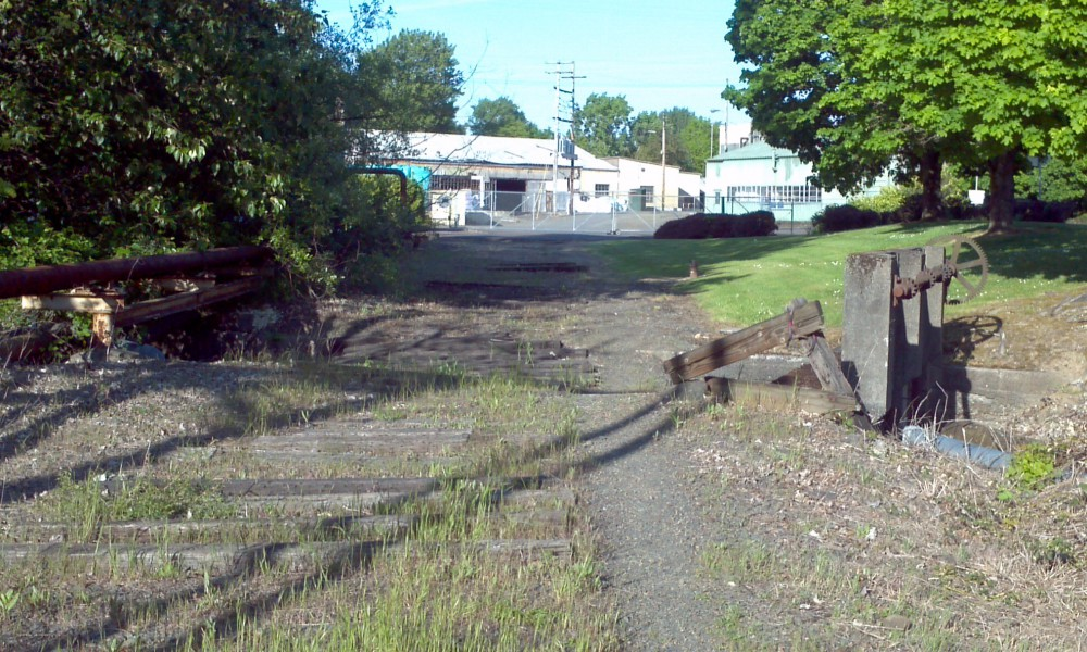 Area where new bike path will be constructed. © R. Southworth