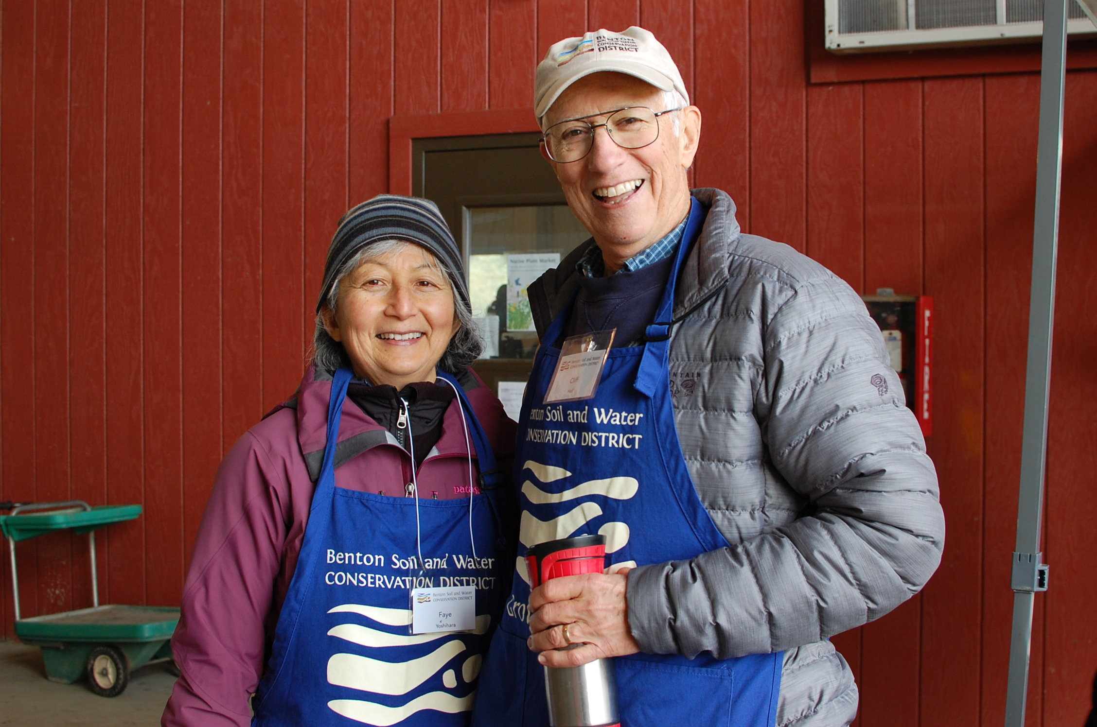 Cliff Hall with fellow board member Faye Yoshihara at the Native Plant Sale.