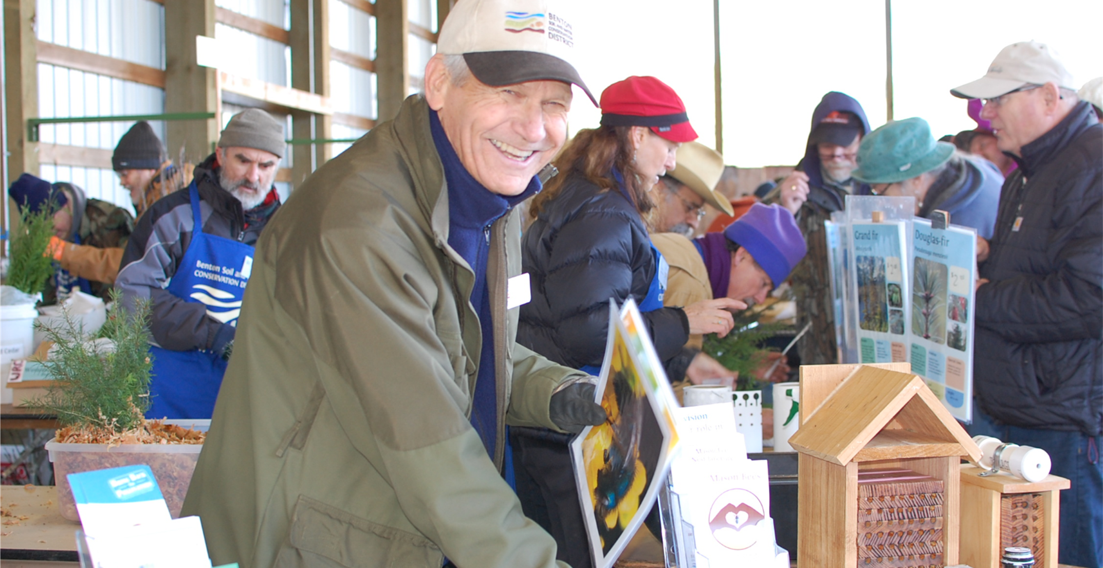 Jerry shared information at the Native Plant Sale. He has created a suite of engaging materials to help curious gardeners understand the ins and outs of mason bee husbandry.