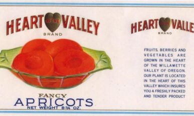 Heart of the Valley Fancy Apricots can label